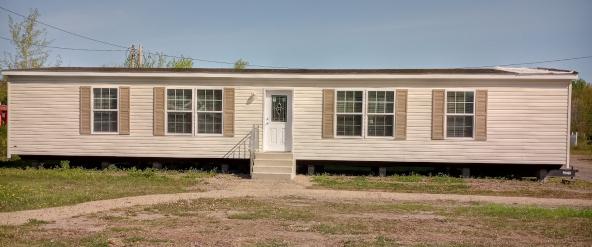 Redman Northwood Ranch Home Model A26009